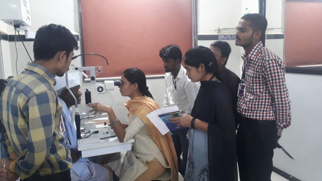 India Program Officer trains vision technicians through Operation Eyesight
